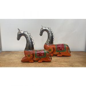 Sitting Horse (Set of 2)