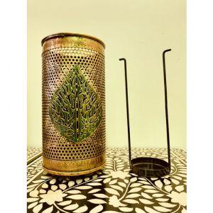 Lantern with Leaf (Medium)