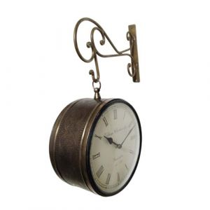 Retro Wall Clock in Copper
